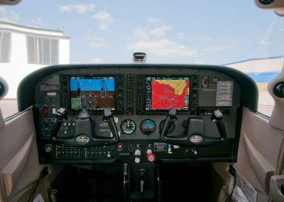 OE-DFT - Cockpit